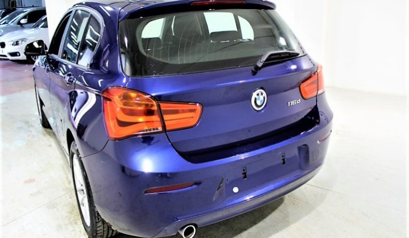 Bmw 116D Business 5p 116cv completo