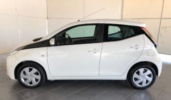 Toyota AYGO 1.0 X-Business 5p pieno